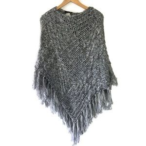 MAURICES grey sweater poncho new with tags OS
